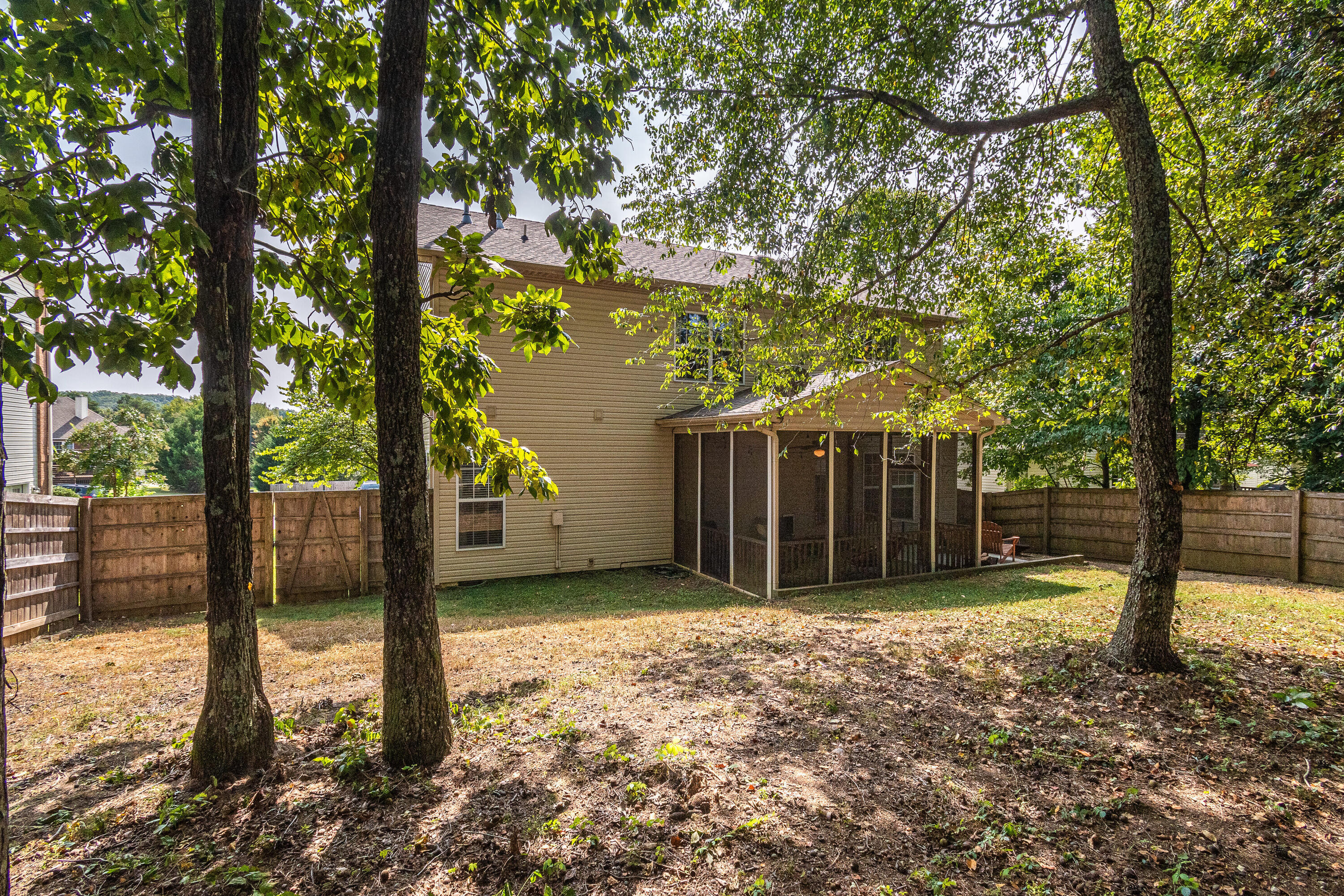 1435 Wineberry Rd, Powell, Tennessee 37849, 3 Bedrooms Bedrooms, ,2 BathroomsBathrooms,Single Family,For Sale,Wineberry,1129633