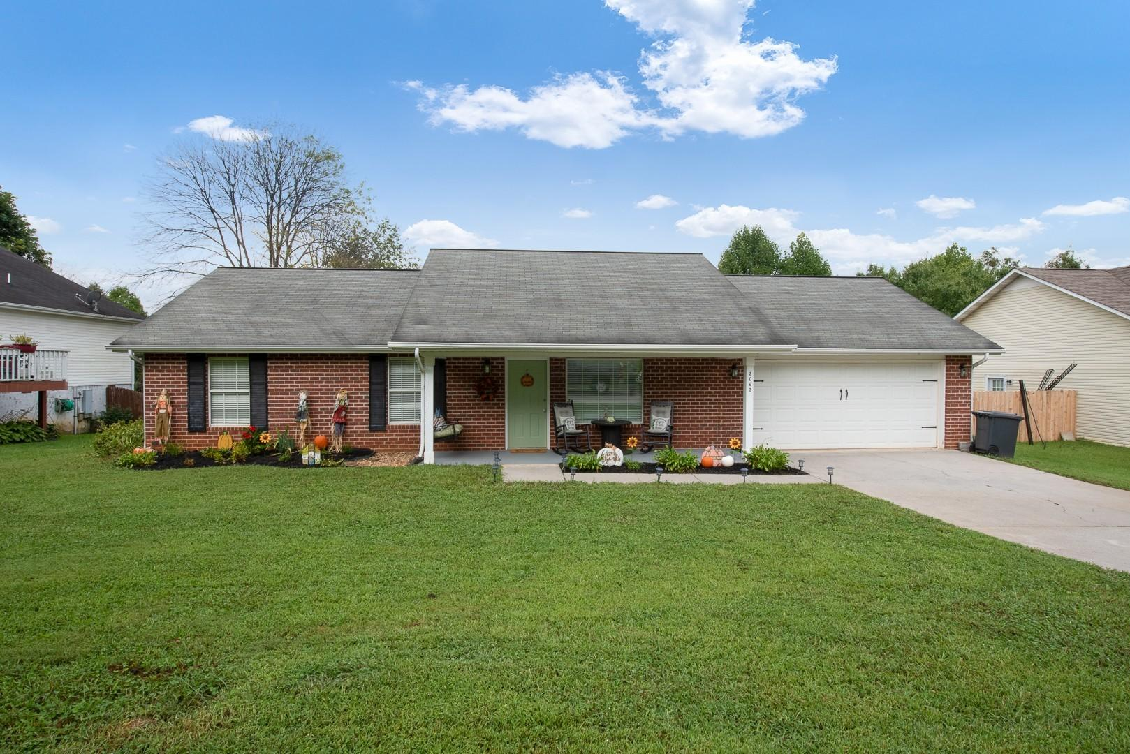 3063 Best, Maryville, Tennessee, United States 37803, 4 Bedrooms Bedrooms, ,3 BathroomsBathrooms,Single Family,For Sale,Best,1130046