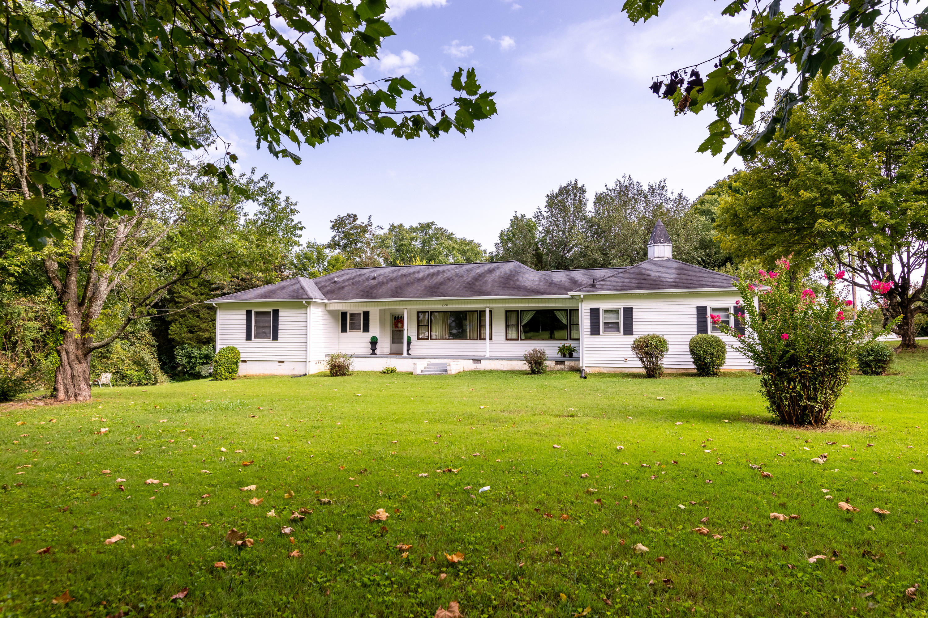 1500 Cedar, Knoxville, Tennessee, United States 37912, 3 Bedrooms Bedrooms, ,2 BathroomsBathrooms,Single Family,For Sale,Cedar,1129934