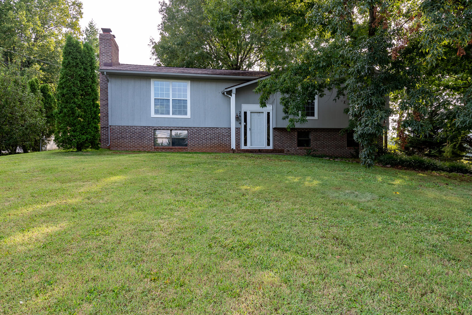 2814 Big Bend, Maryville, Tennessee, United States 37803, 3 Bedrooms Bedrooms, ,3 BathroomsBathrooms,Single Family,For Sale,Big Bend,1130374