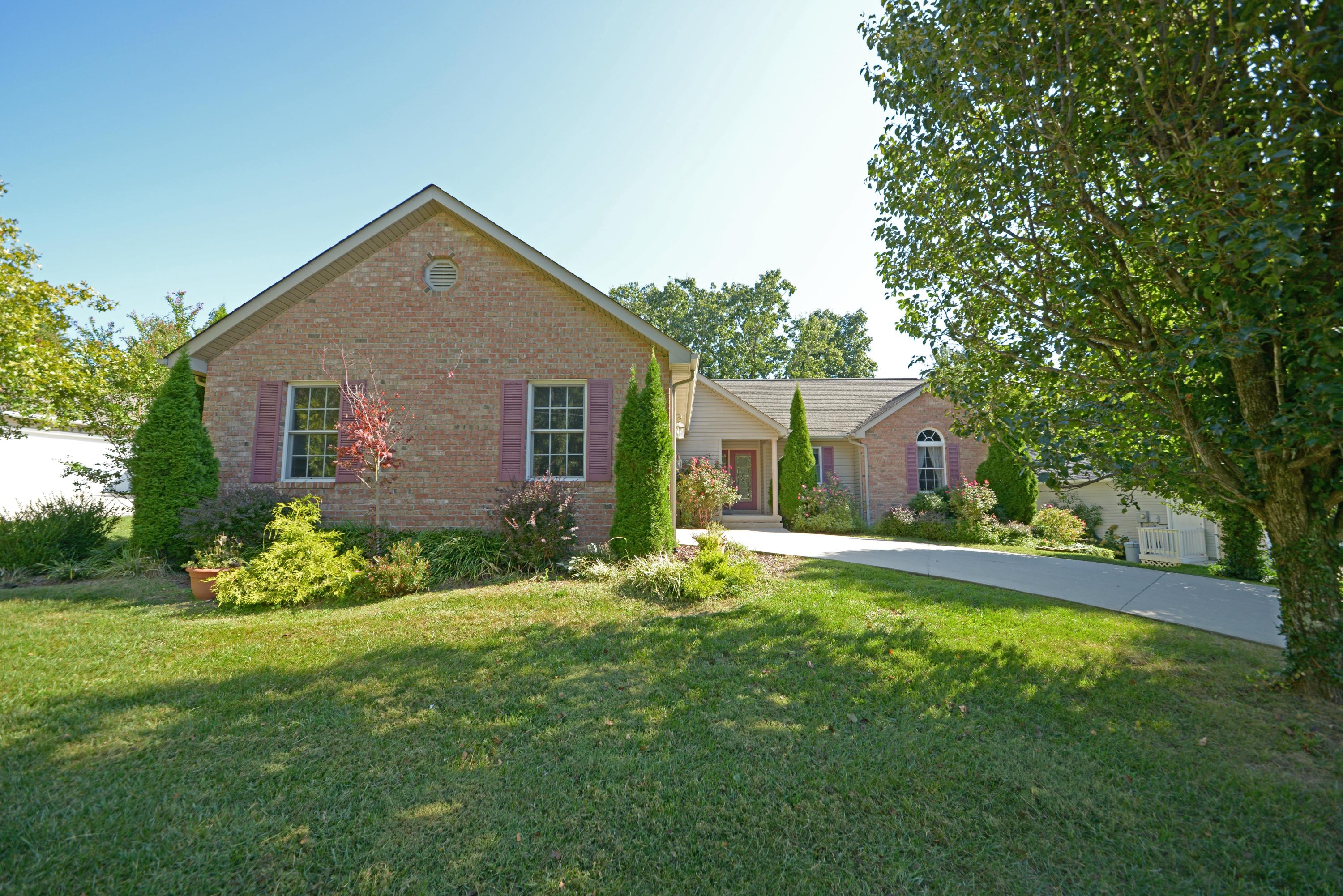 176 Berkshire, Fairfield Glade, Tennessee, United States 38558, 3 Bedrooms Bedrooms, ,2 BathroomsBathrooms,Single Family,For Sale,Berkshire,1130419