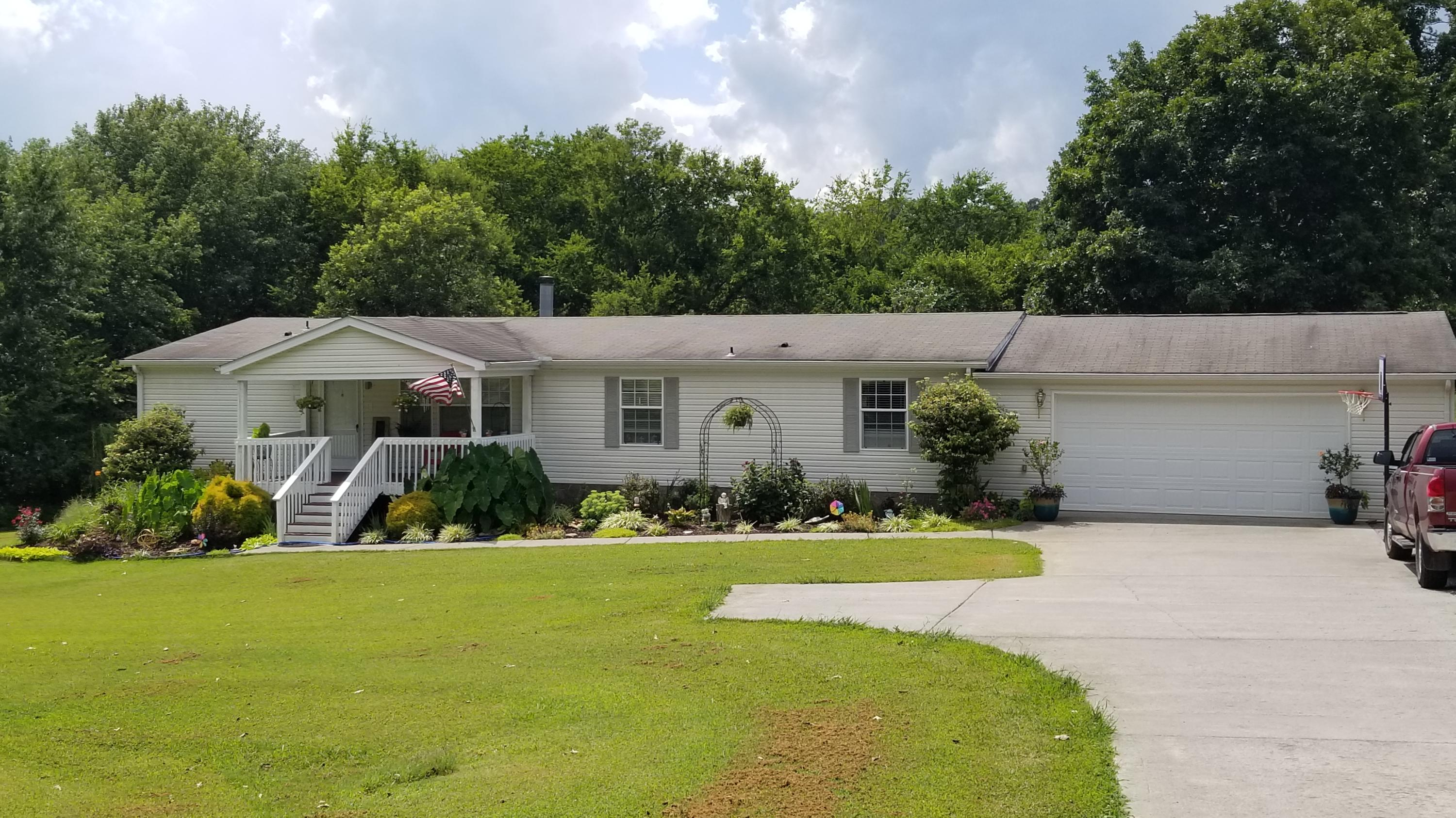1341 Mountain View, Maryville, Tennessee, United States 37801, 3 Bedrooms Bedrooms, ,2 BathroomsBathrooms,Single Family,For Sale,Mountain View,1130618