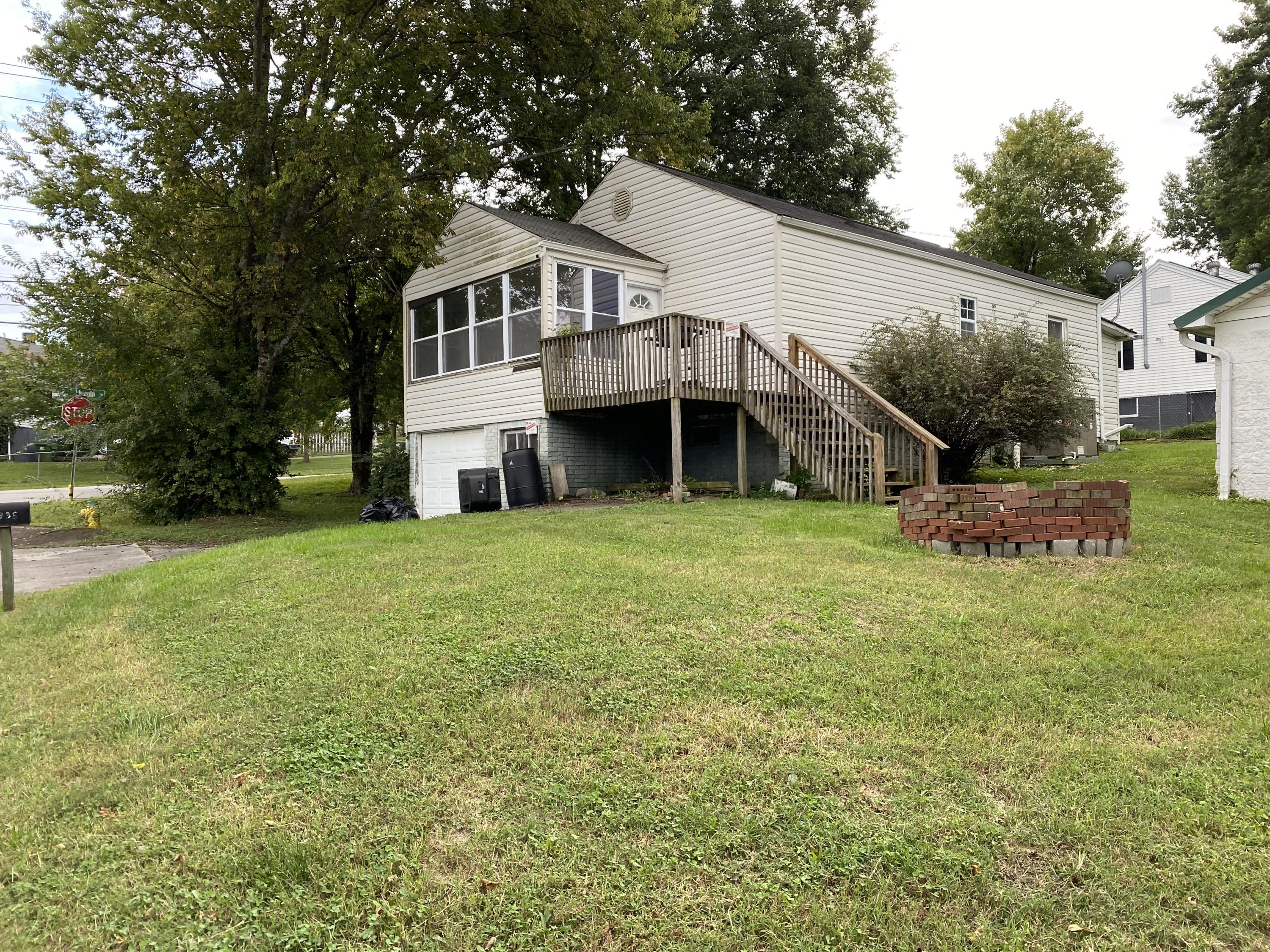 835 Lincoln, Alcoa, Tennessee, United States 37701, 2 Bedrooms Bedrooms, ,2 BathroomsBathrooms,Single Family,For Sale,Lincoln,1131241