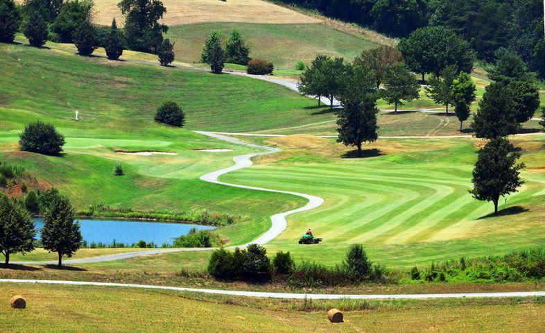 292 Deer Meadow Circle: