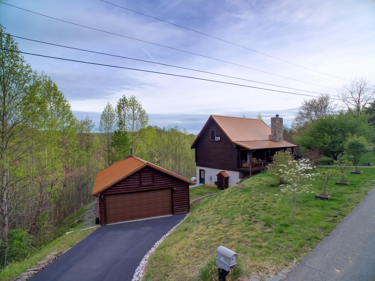 1603 Whistle Valley Rd: