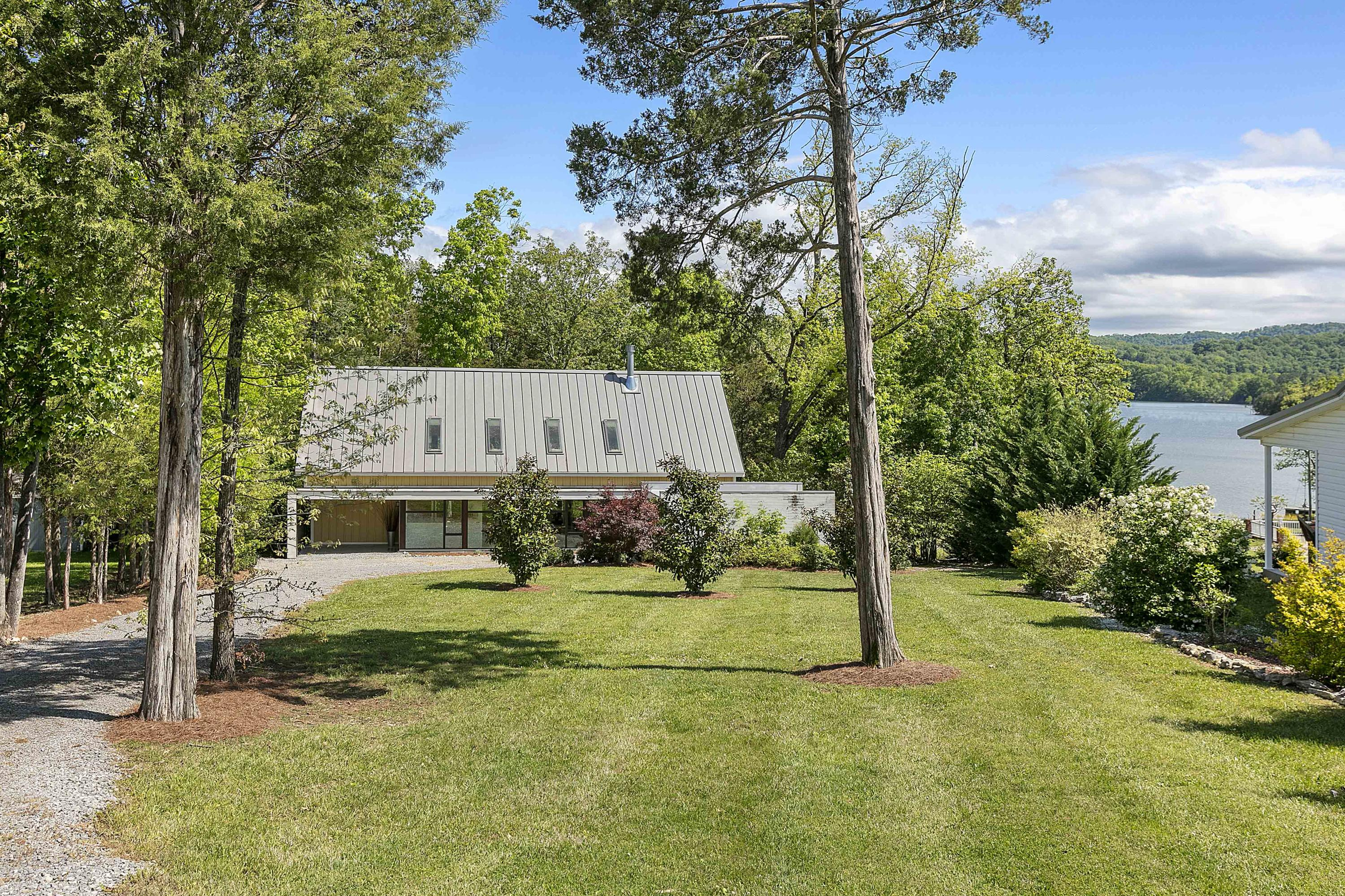 349 Cape Russell Rd: