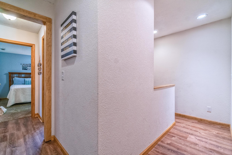 129 Bridgeview Ln: