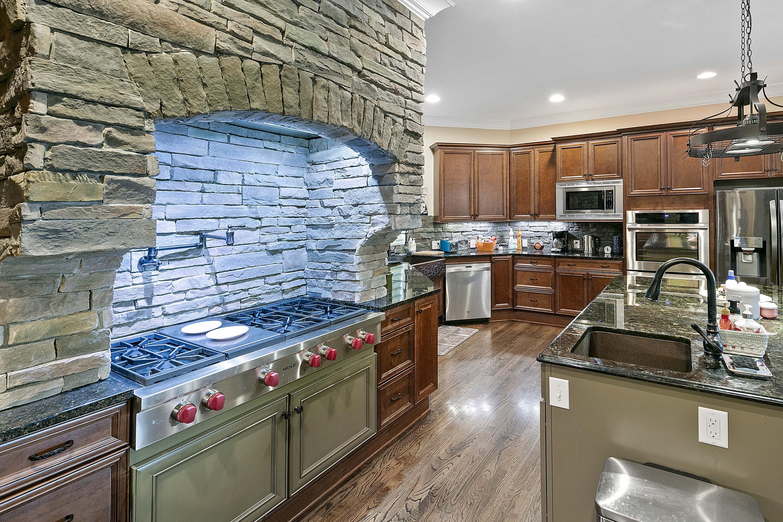 4248 Ridge Water Rd: