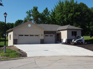 935 Emerald Pines Dr Arnolds Park, IA 51331, MLS#16-724