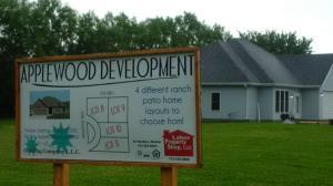 2705 Applewood Ave