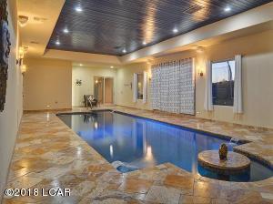 Indoor_Pool_-2E[1]