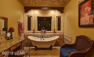Master_Bathroom-1B[1]