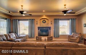 Living Room-1B