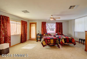Master Bedroom-1A