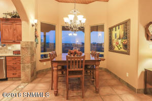 4376 Chimayo Dr Dining Area