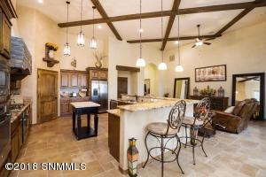 13-Kitchen1-2244 Sedona Hills - 181112