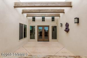 28-Rear Patio1-2244 Sedona Hills - 18111