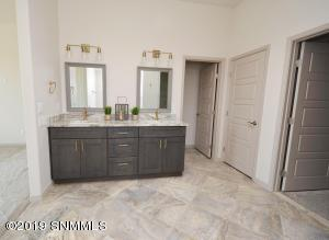 23BR1 BA5 Vanities with Mirrors - 10290