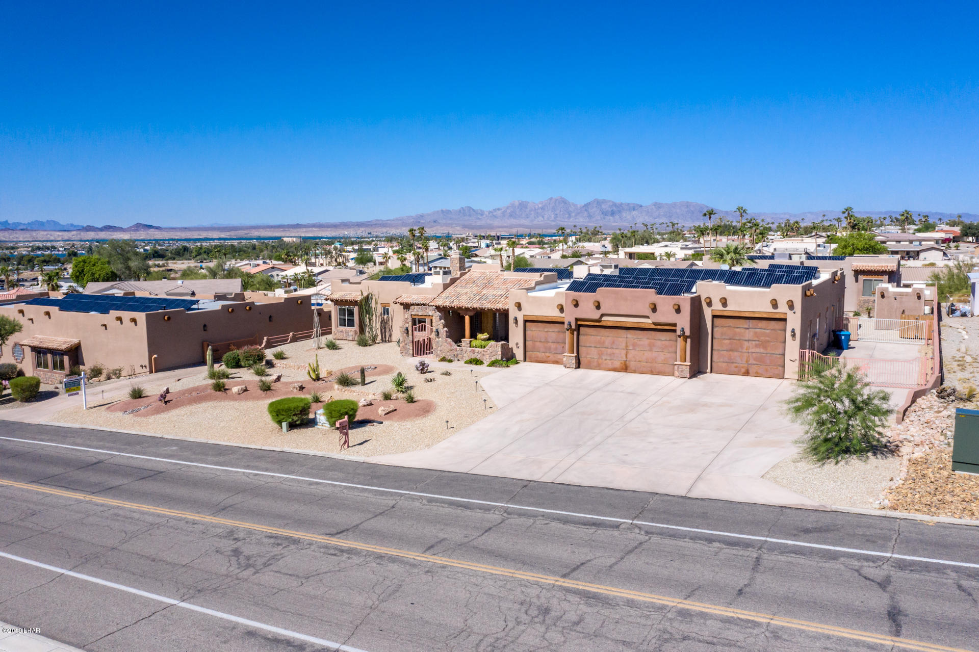 Photo of 351 Mulberry Ave, Lake Havasu City, AZ 86403