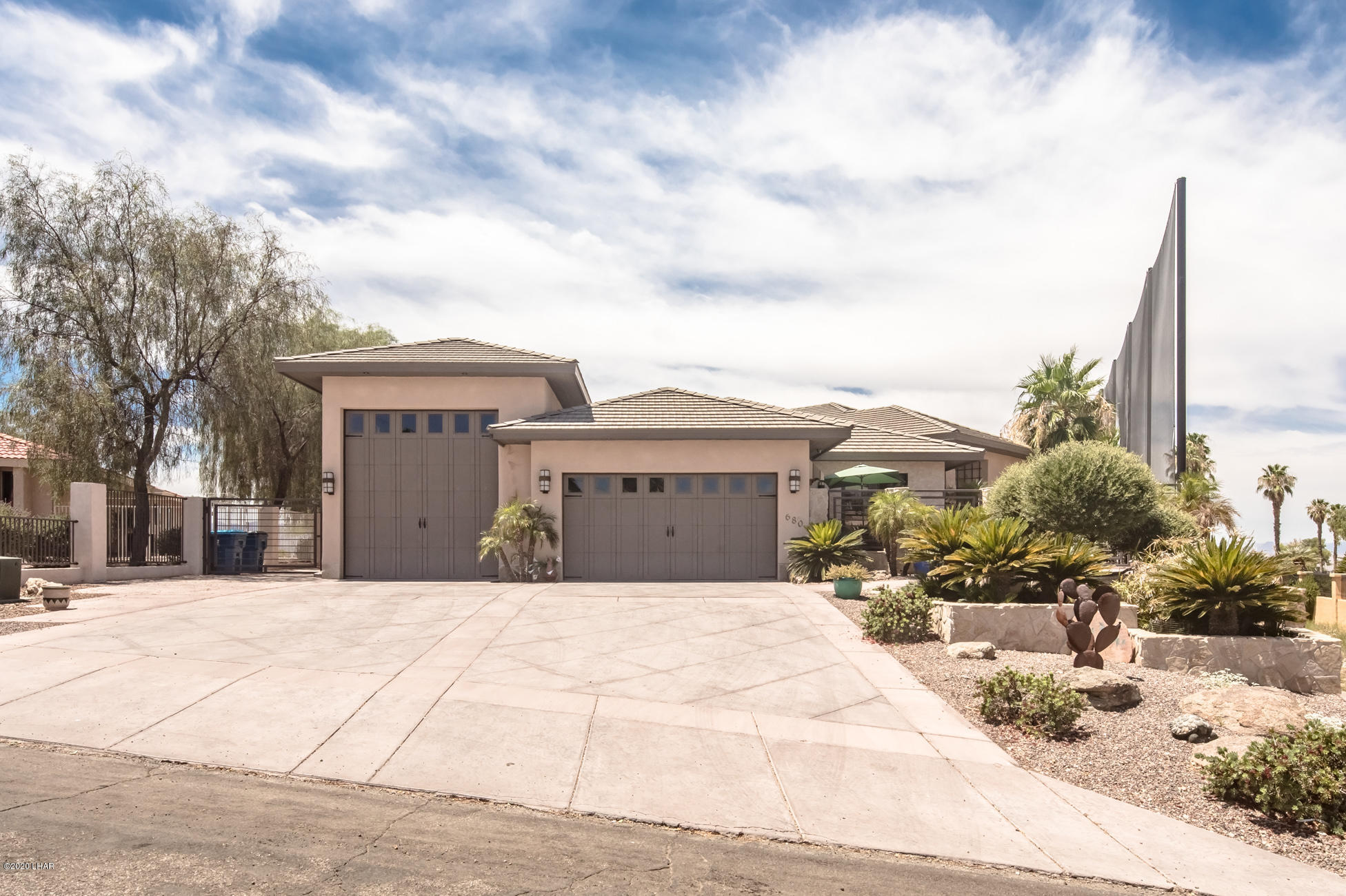Photo of 680 Via Del Lago, Lake Havasu City, AZ 86406
