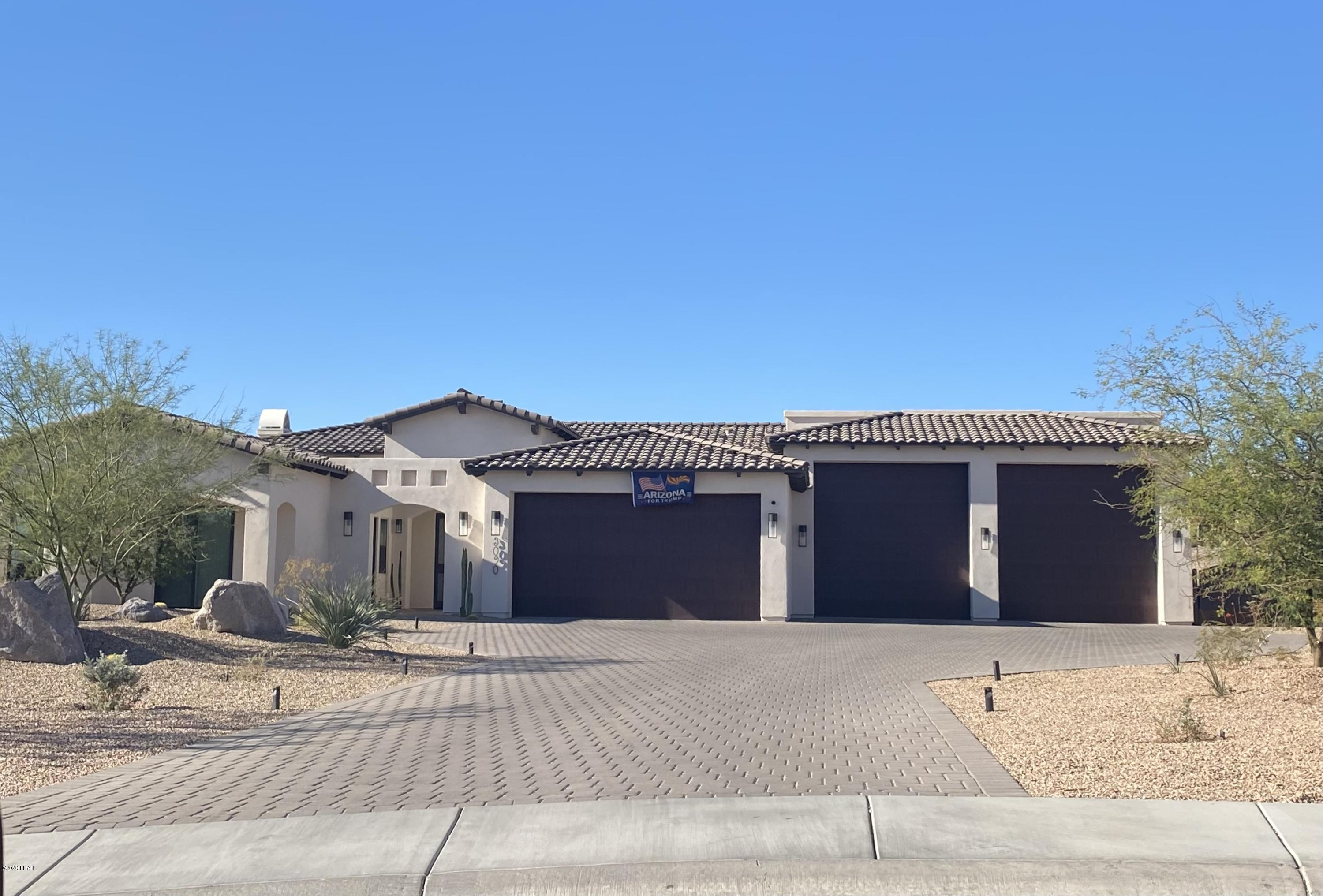 Photo of 3090 Avenida Del Sol, Lake Havasu City, AZ 86406
