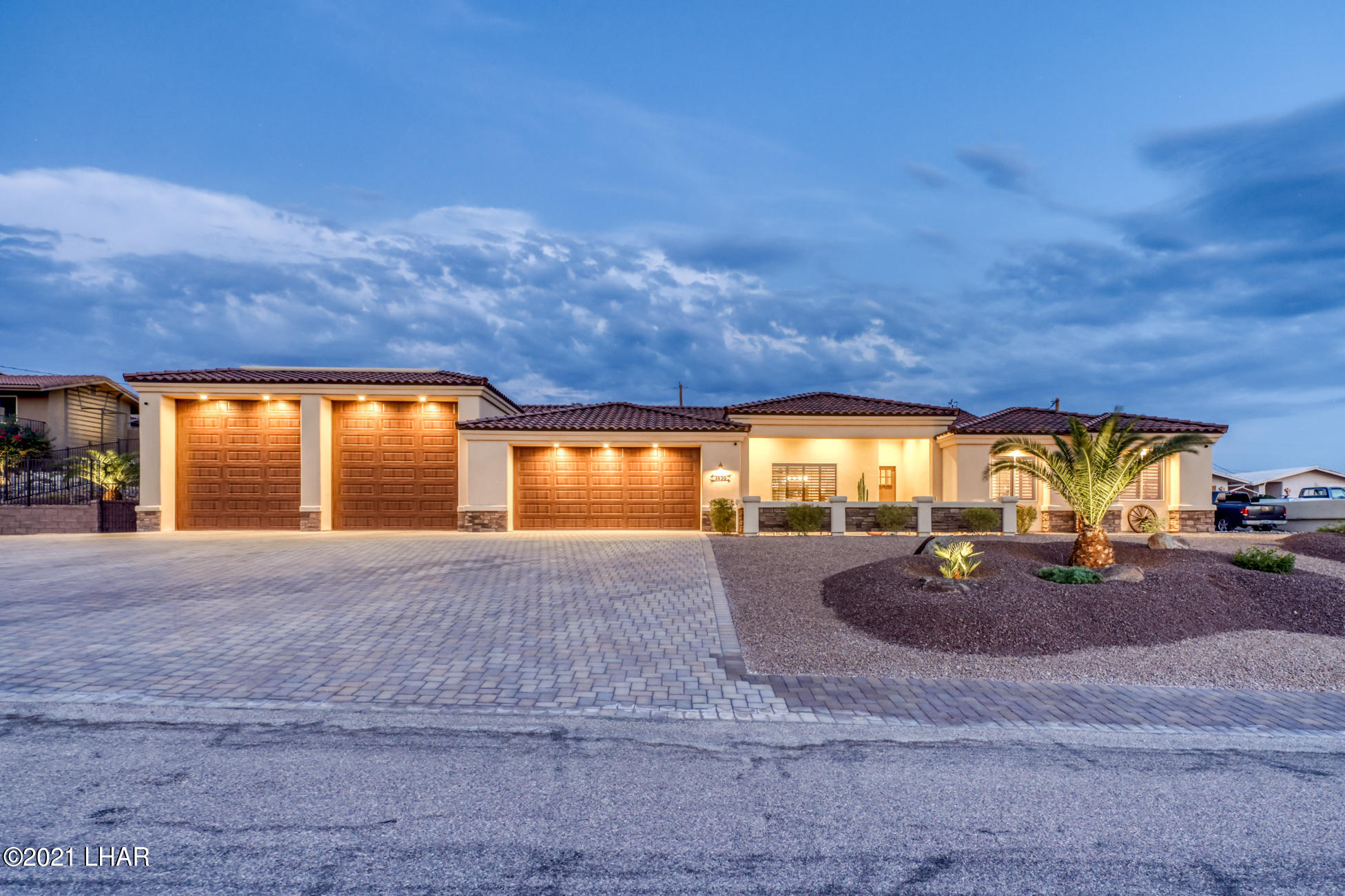 Photo of 3820 Texoma Dr, Lake Havasu City, AZ 86404
