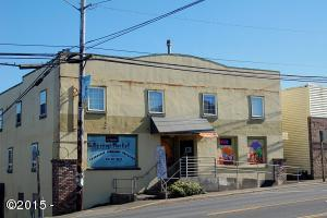 304 SE Highway 101, Lincoln City, OR 97367 - Front