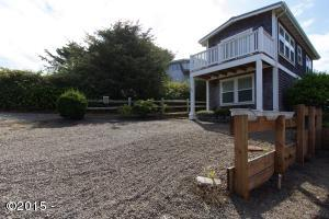 1804 NW 52nd Dr, Lincoln City, OR 97367 - Front View