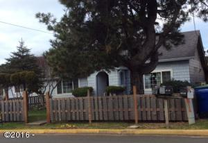 1421 NW 17th St, Lincoln City, OR 97367 - Front of Cottage