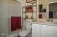 906 SW 7th St., B, Newport, OR 97365 - Garden Level Master Suite Bath