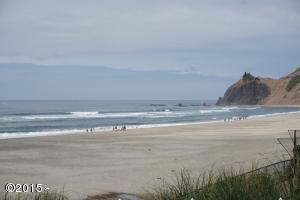 7207 NW Logan Rd., Lincoln City, OR 97367 - Ocean Front
