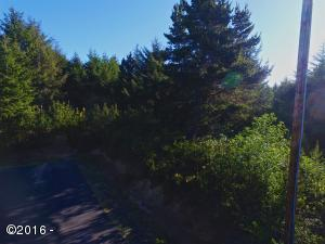 LOT 11 SE Bracken Dr, South Beach, OR 97366 - Lot 11