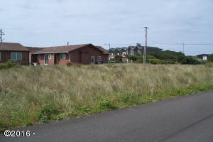 1603 NW Oceanic Loop, Waldport, OR 97394 - View from street