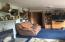 1293 N North Bank Rd, Otis, OR 97368 - Living room