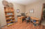 1175 NW Sunset Dr, Toledo, OR 97391 - office cubby