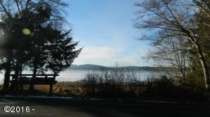 300 BLK SE Johnston, Newport, OR 97365 - River View