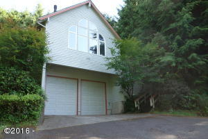 5445 Fairway, Neskowin, OR 97149 - North Facing Entry