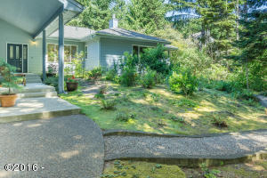 1210 SW Walking Wood, Depoe Bay, OR 97341 - Exterior & Grounds