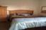 705/711 SW 2nd St, Newport, OR 97365 - 711bedroom1-1_oregon_coast_nye_beach_hom