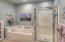 5965 SW Arbor Dr, South Beach, OR 97366 - Jetted Tub/Shower