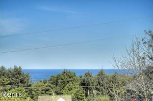 470 Overlook Dr., Yachats, OR 97498