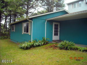 19 Surfside Dr, Yachats, OR 97498
