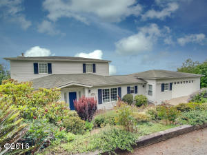 46940 Terrace Dr, Neskowin, OR 97149 - Terrrace edit