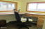 915 Driftwood Ln, Yachats, OR 97498 - Office area in mudroom a