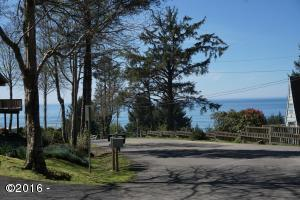 7700 BLOCK NE Williams Ct, Lincoln City, OR 97367 - Ocean View