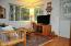 511 SE Inlet Ave, Lincoln City, OR 97367 - Living Room 4