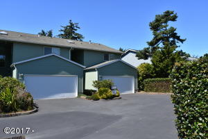 85 NW 33rd Place, D, Newport, OR 97365 - 85 NW 33rd Place