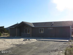 1705 NW Canal St, Waldport, OR 97394 - Front Exterior