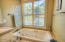 5745 SW Arbor St, South Beach, OR 97366 - Jetted tub