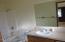 3690 NE 40th St, Neotsu, OR 97364 - Master bathroom